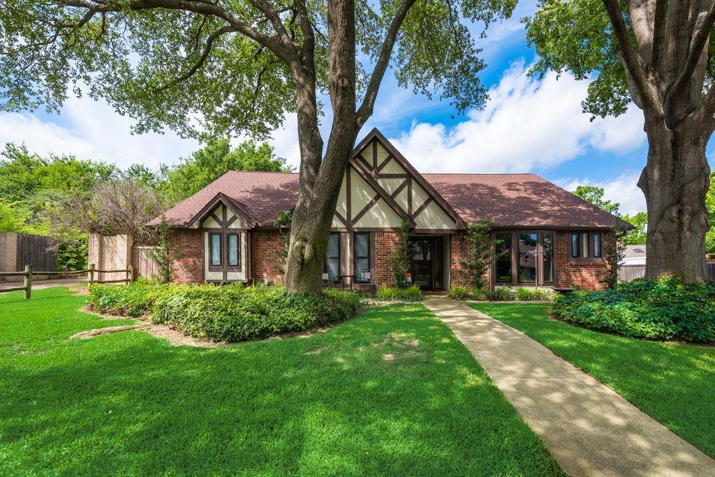 4112 Stonewick  Drive, Arlington, Texas 76016 - Acquisto Real Estate best plano realtor mike Shepherd home owners association expert
