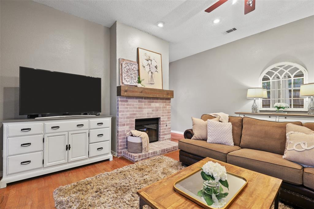 8105 Bells  Street, Frisco, Texas 75035 - acquisto real estate best designer and realtor hannah ewing kind realtor