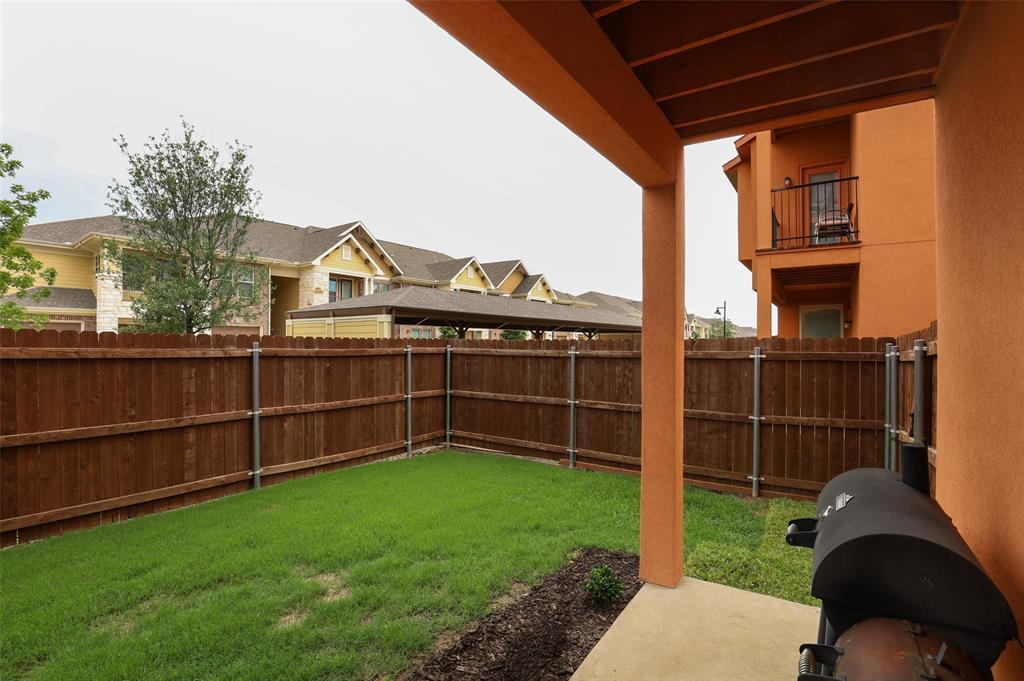 2670 Venice  Drive, Grand Prairie, Texas 75054 - acquisto real estate best frisco real estate agent amy gasperini panther creek realtor