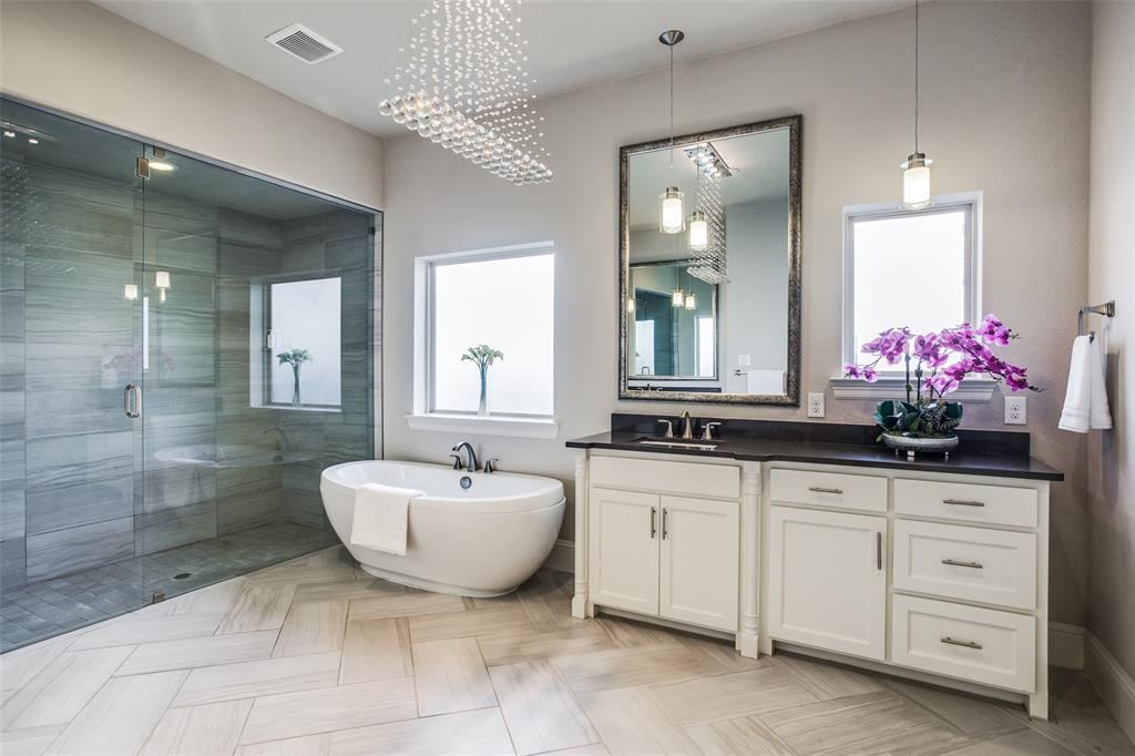 4215 Hickory Grove  Lane, Frisco, Texas 75033 - acquisto real estate best negotiating realtor linda miller declutter realtor