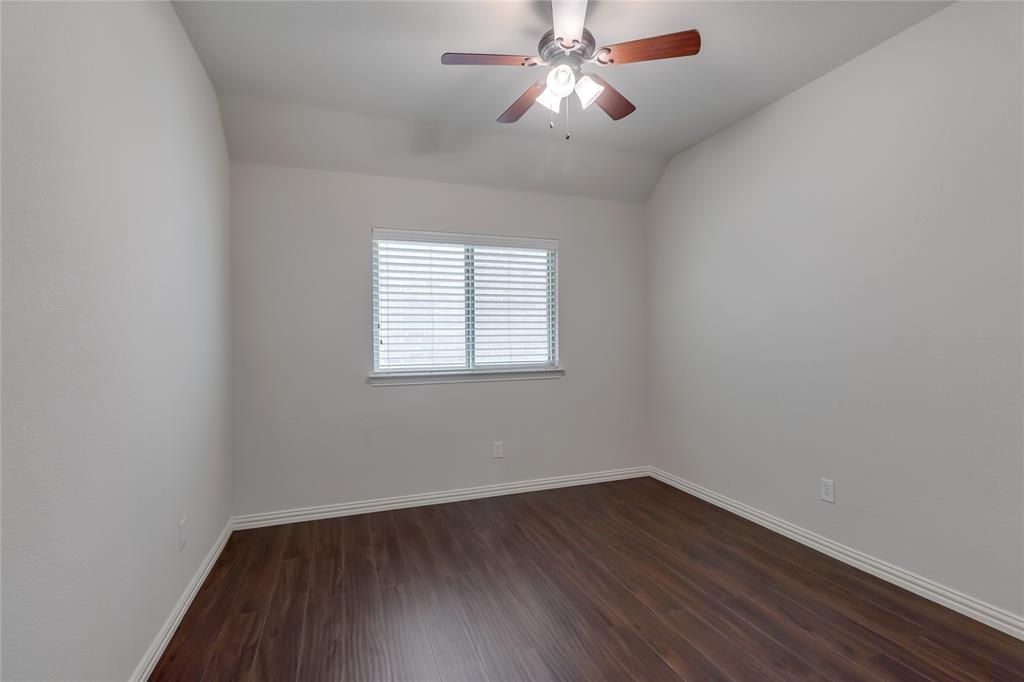 3805 Gregory  Drive, McKinney, Texas 75071 - acquisto real estate best realtor foreclosure real estate mike shepeherd walnut grove realtor