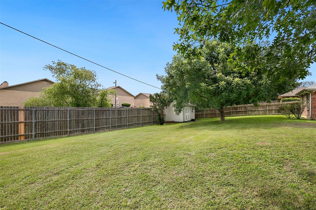 1018 Cook  Drive, Grand Prairie, Texas 75050 - acquisto real estate best negotiating realtor linda miller declutter realtor