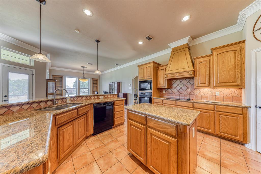 107 Chappel Hill  Court, Weatherford, Texas 76088 - acquisto real estate best real estate company in frisco texas real estate showings