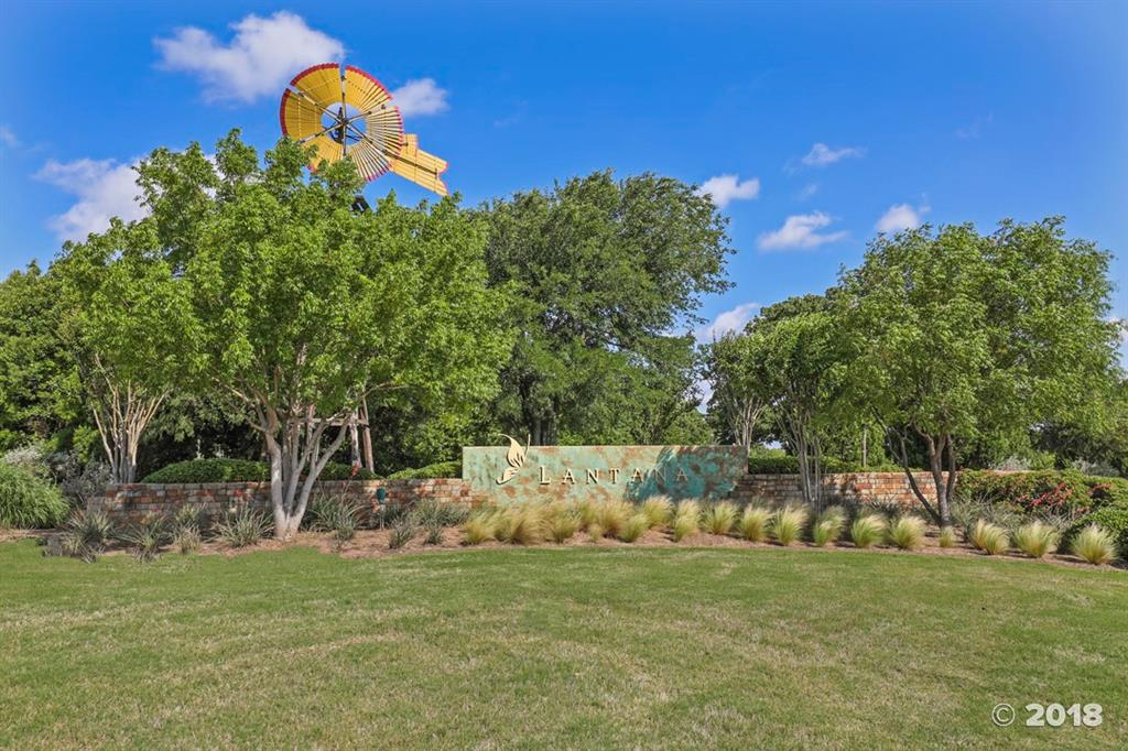 1624 Golf Club  Drive, Lantana, Texas 76226 - acquisto real estate best real estate idx dilusso marketing mike acquisto