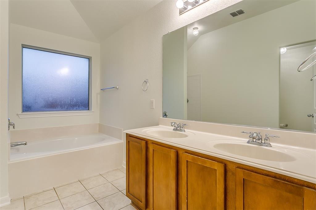 2661 Calmwater  Drive, Little Elm, Texas 75068 - acquisto real estate best looking realtor in america shana acquisto