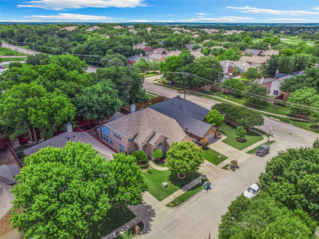 1702 Tealwood  Lane, Corinth, Texas 76210 - acquisto real estate best park cities realtor kim miller best staging agent