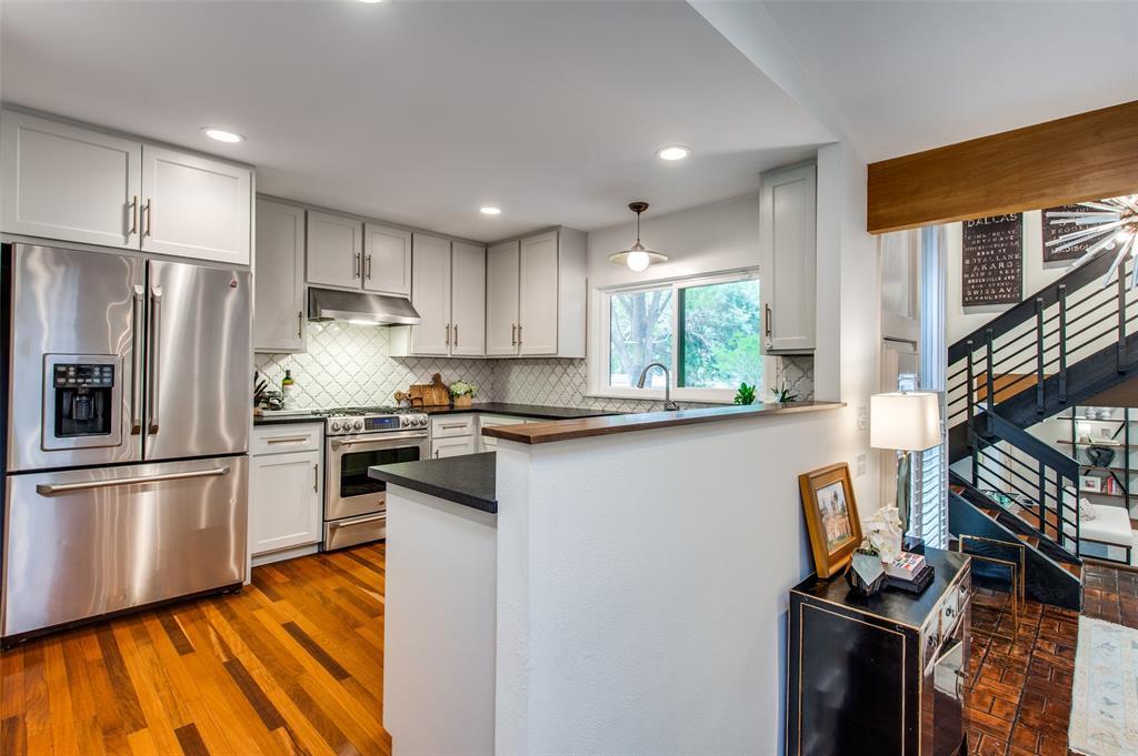 33 Creekwood  Circle, Richardson, Texas 75080 - acquisto real estate best designer and realtor hannah ewing kind realtor