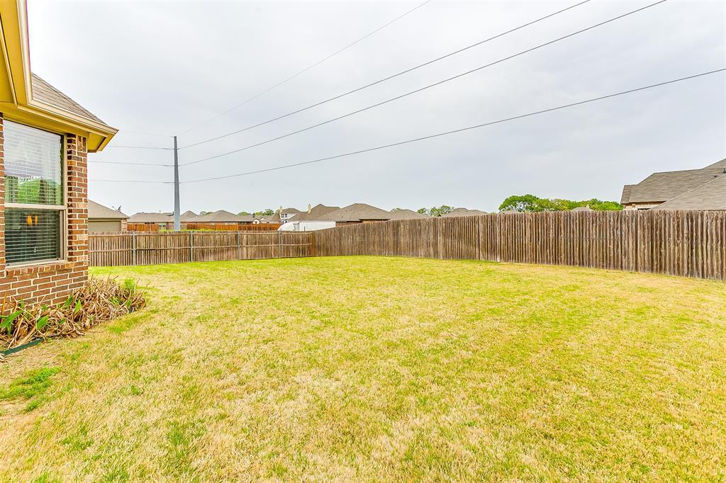 1172 Sapphire  Lane, Burleson, Texas 76058 - acquisto real estate mvp award real estate logan lawrence
