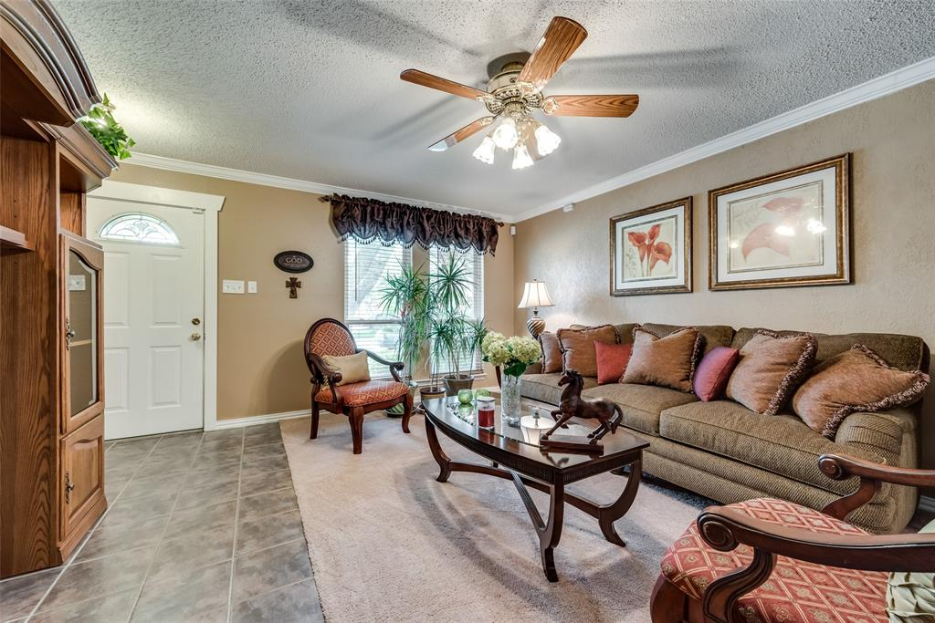 1417 Choctaw  Drive, Mesquite, Texas 75149 - acquisto real estate best celina realtor logan lawrence best dressed realtor
