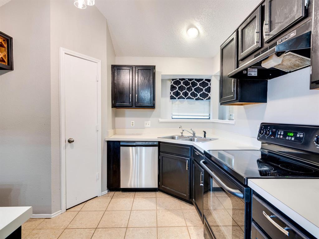 210 Mahogany  Drive, Arlington, Texas 76018 - acquisto real estate best luxury buyers agent in texas shana acquisto inheritance realtor