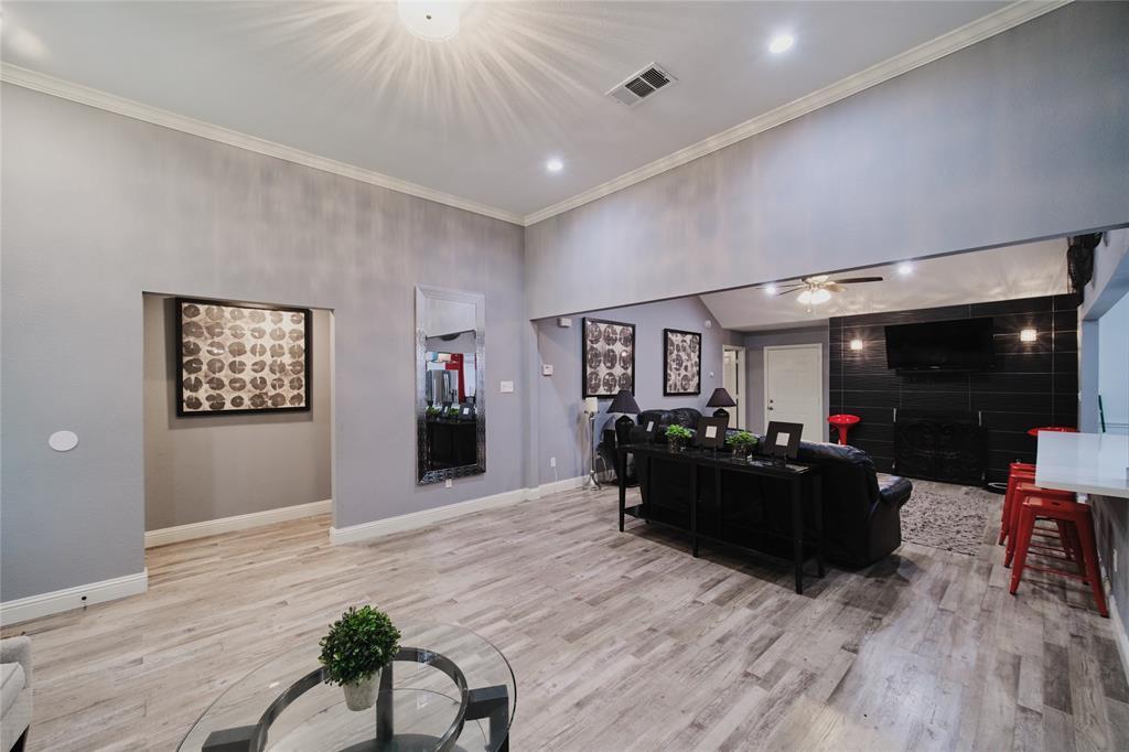 814 Springfield  Drive, Cedar Hill, Texas 75104 - acquisto real estate best prosper realtor susan cancemi windfarms realtor