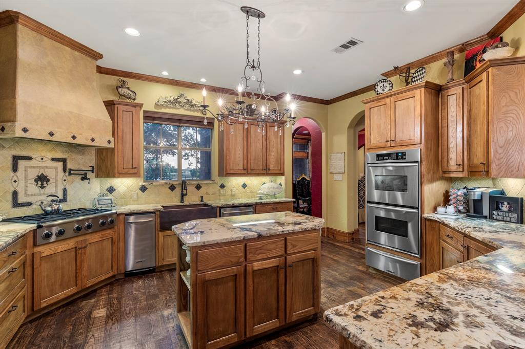 2 Groves  Circle, Argyle, Texas 76226 - acquisto real estate best investor home specialist mike shepherd relocation expert
