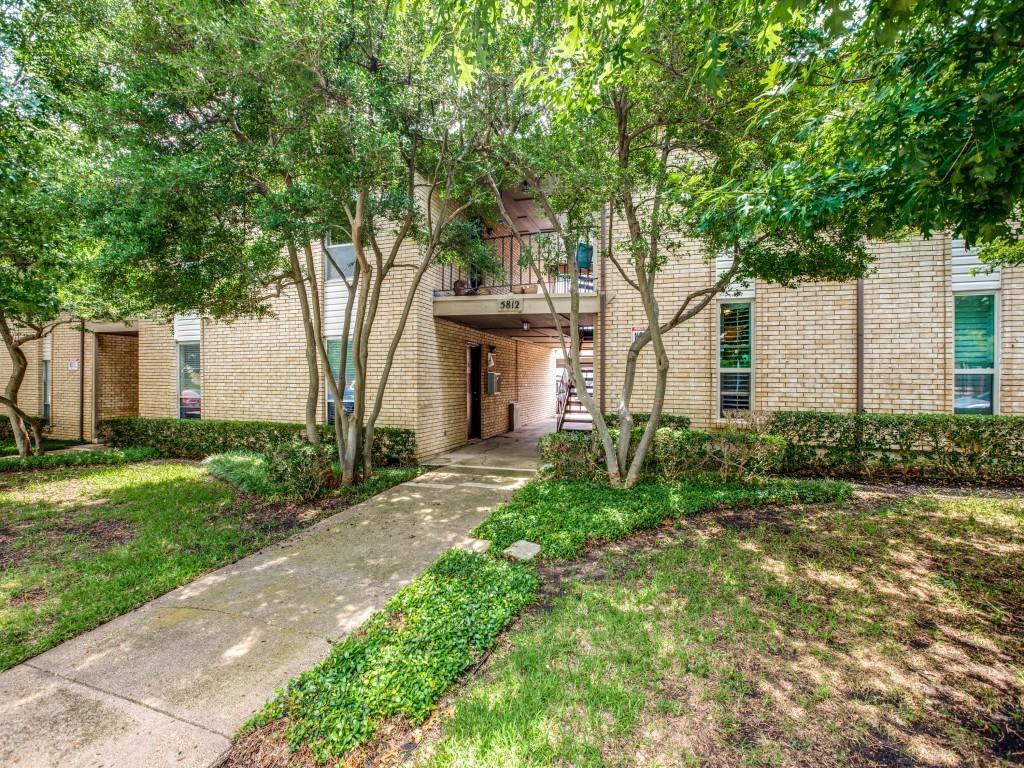 5812 Milton  Street, Dallas, Texas 75206 - Acquisto Real Estate best plano realtor mike Shepherd home owners association expert