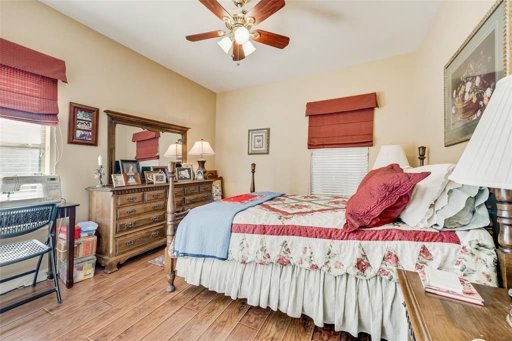 8917 Crestview  Drive, Denton, Texas 76207 - acquisto real estate best realtor dallas texas linda miller agent for cultural buyers