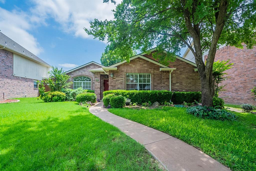 604 Meadowgate  Drive, Allen, Texas 75002 - Acquisto Real Estate best plano realtor mike Shepherd home owners association expert