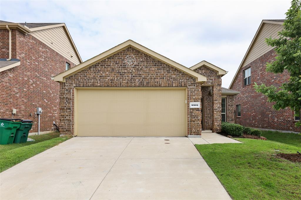 8801 Tenderfoot  Lane, Aubrey, Texas 76227 - Acquisto Real Estate best plano realtor mike Shepherd home owners association expert