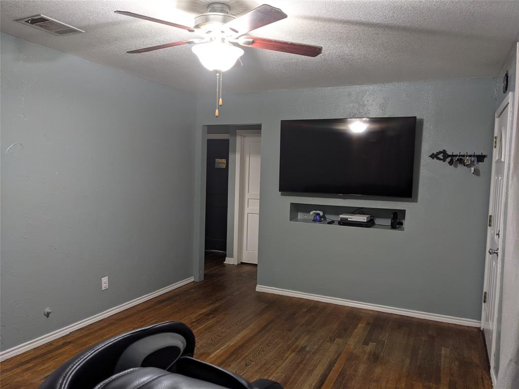 4127 Shelley  Boulevard, Dallas, Texas 75211 - acquisto real estate best prosper realtor susan cancemi windfarms realtor