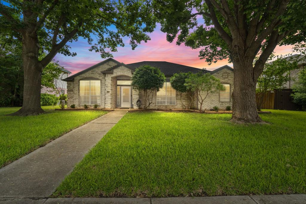 815 Ridgemont  Drive, Allen, Texas 75002 - Acquisto Real Estate best plano realtor mike Shepherd home owners association expert
