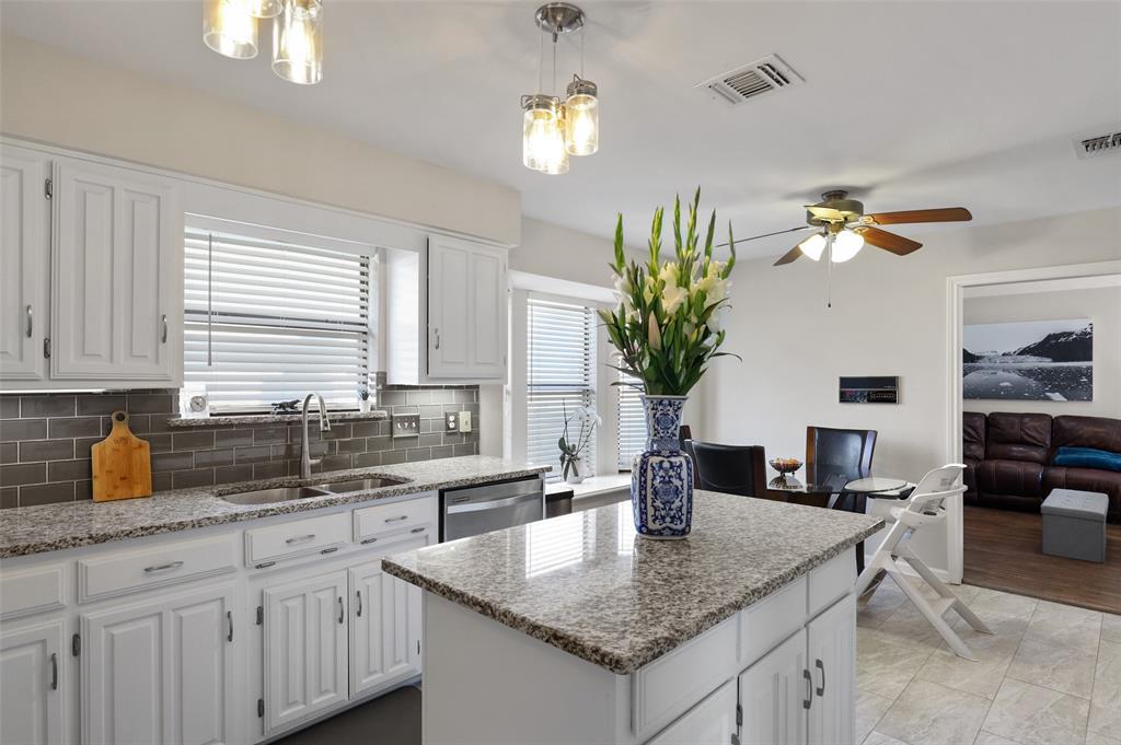 6304 Telluride  Lane, Dallas, Texas 75252 - acquisto real estate best highland park realtor amy gasperini fast real estate service