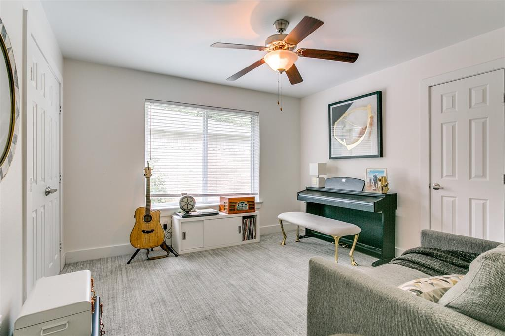 5131 Ponderosa  Way, Dallas, Texas 75227 - acquisto real estate best investor home specialist mike shepherd relocation expert