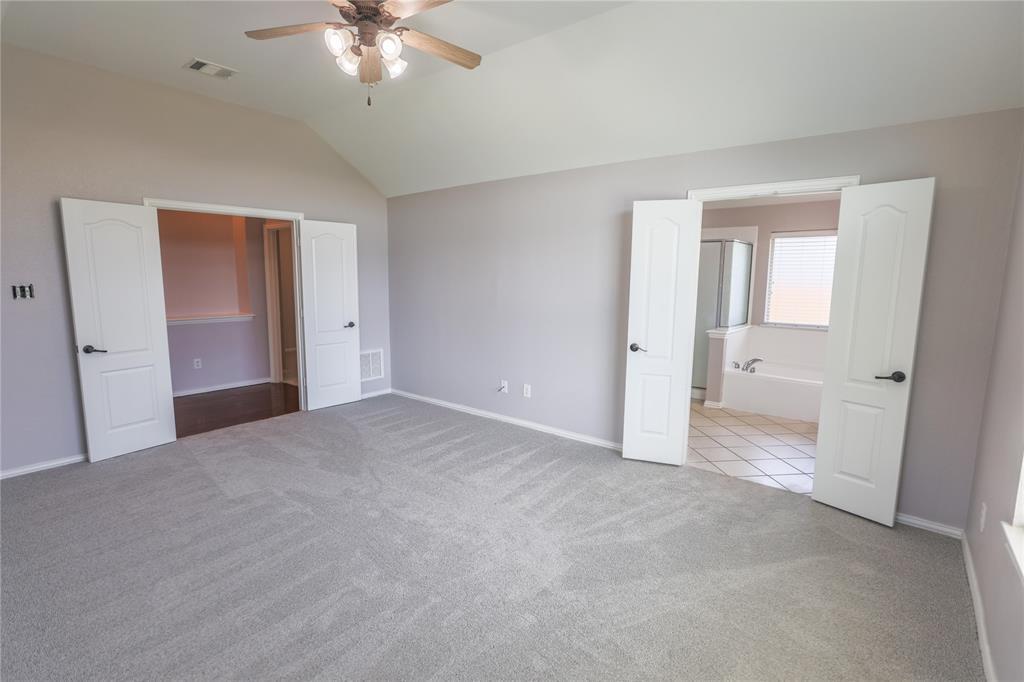 8104 Toltec  Court, Arlington, Texas 76002 - acquisto real estate best photos for luxury listings amy gasperini quick sale real estate
