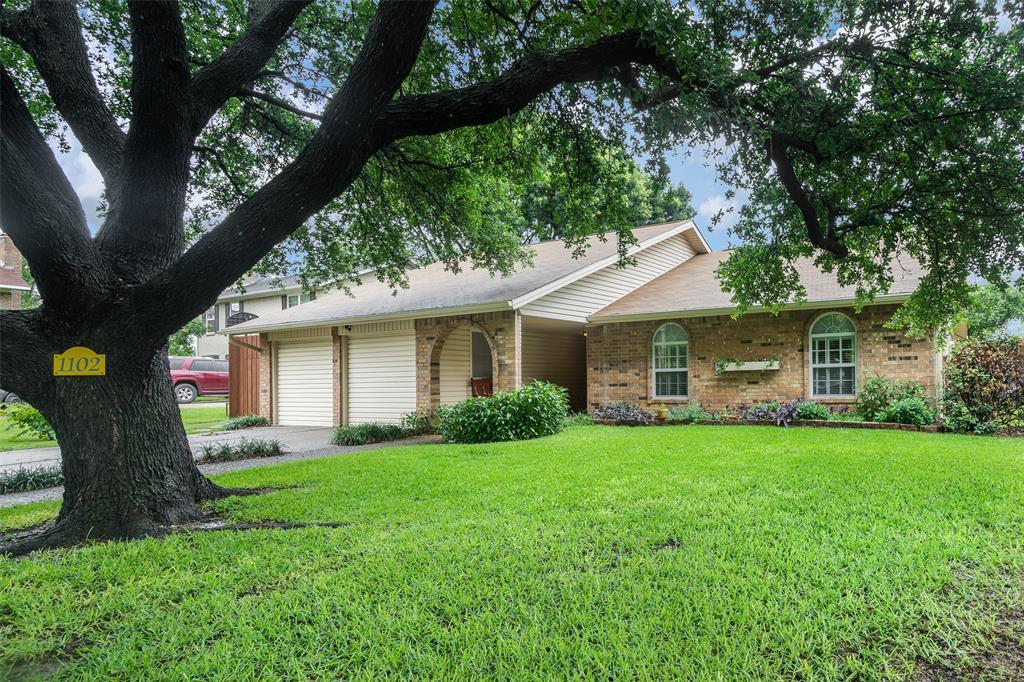 1102 Heiden  Court, Flower Mound, Texas 75028 - Acquisto Real Estate best plano realtor mike Shepherd home owners association expert