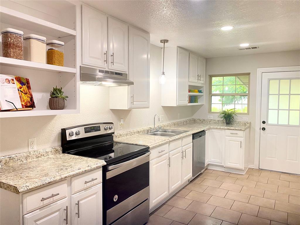 5116 Nadine  Drive, Haltom City, Texas 76117 - acquisto real estate best the colony realtor linda miller the bridges real estate