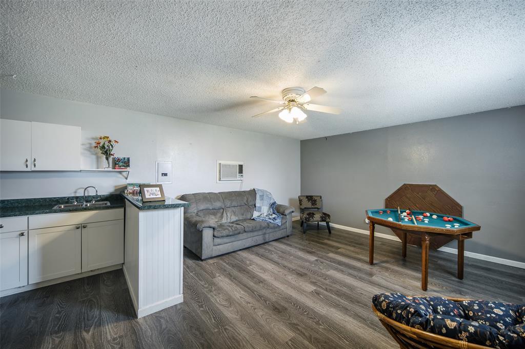 210 Mesa  Drive, Sunnyvale, Texas 75182 - acquisto real estate best plano real estate agent mike shepherd