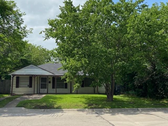 802 Dallas  Street, Grand Prairie, Texas 75051 - acquisto real estate best designer and realtor hannah ewing kind realtor