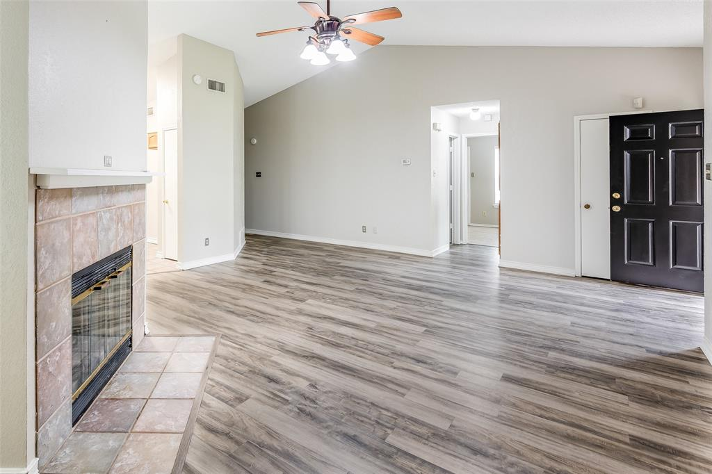 1025 Hills  Terrace, Saginaw, Texas 76179 - acquisto real estate best flower mound realtor jody daley lake highalands agent of the year