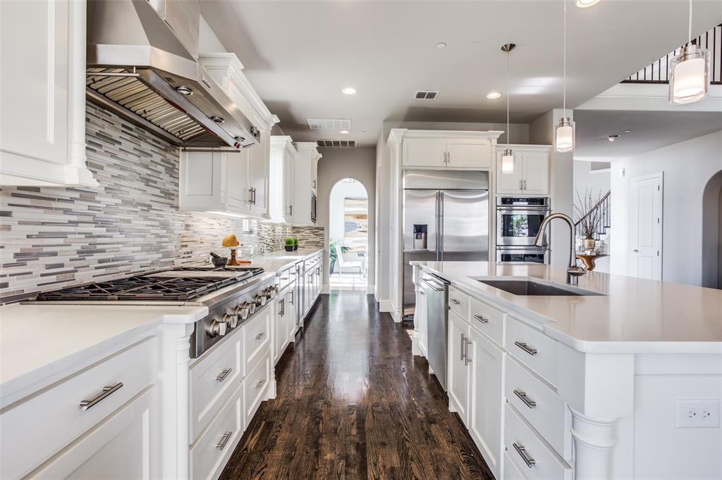 4215 Hickory Grove  Lane, Frisco, Texas 75033 - acquisto real estate best luxury buyers agent in texas shana acquisto inheritance realtor