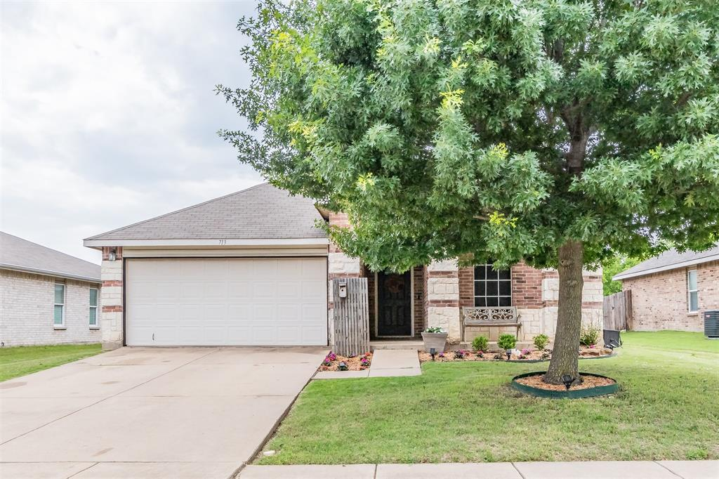 713 Wrigley  Drive, Burleson, Texas 76028 - Acquisto Real Estate best plano realtor mike Shepherd home owners association expert