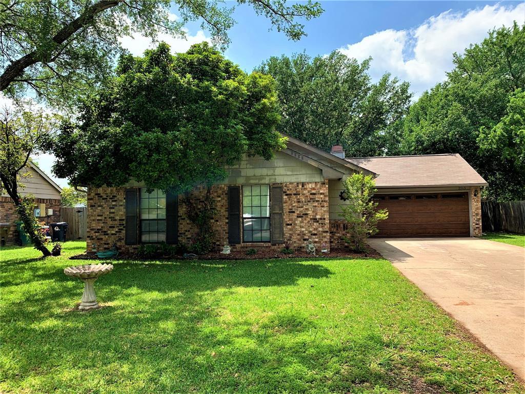 2513 Craig  Lane, Denton, Texas 76209 - Acquisto Real Estate best plano realtor mike Shepherd home owners association expert