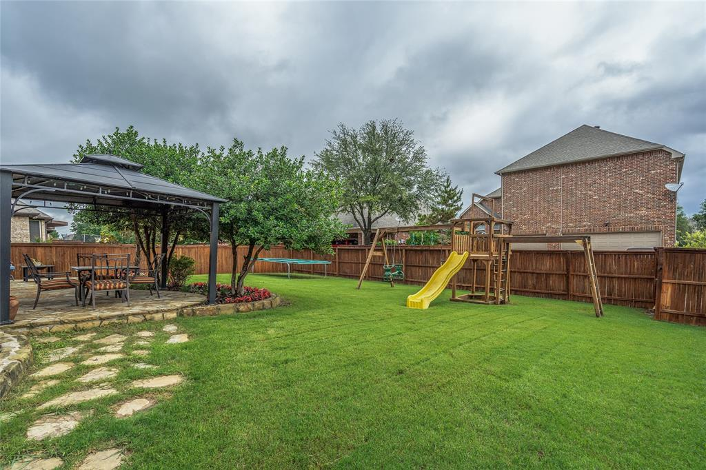 900 Terrace  Drive, Lantana, Texas 76226 - acquisto real estate agent of the year mike shepherd