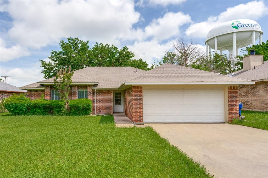 3016 Eastland  Avenue, Greenville, Texas 75402 - Acquisto Real Estate best plano realtor mike Shepherd home owners association expert