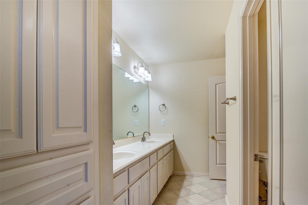2204 Mesa Oak  Trail, Plano, Texas 75025 - acquisto real estate best looking realtor in america shana acquisto