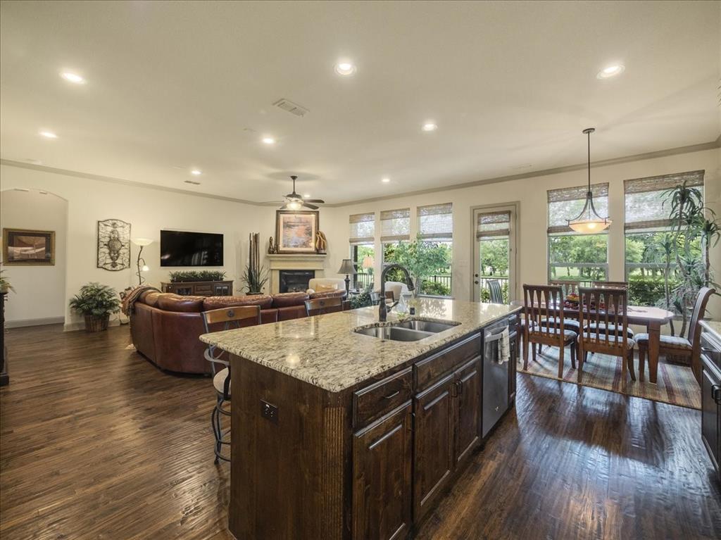 814 Winterwood  Court, Garland, Texas 75044 - acquisto real estate best celina realtor logan lawrence best dressed realtor