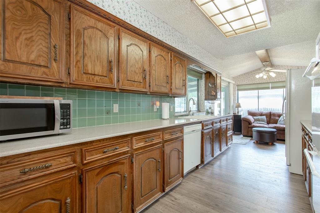 4321 Cinnabar  Drive, Dallas, Texas 75227 - acquisto real estate best listing agent in the nation shana acquisto estate realtor