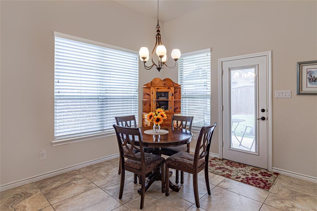516 Caudle  Lane, Savannah, Texas 76227 - acquisto real estate best style realtor kim miller best real estate reviews dfw