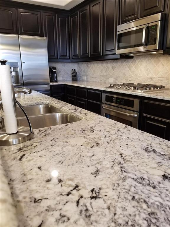 2737 Troutt  Drive, Carrollton, Texas 75010 - acquisto real estate best allen realtor kim miller hunters creek expert