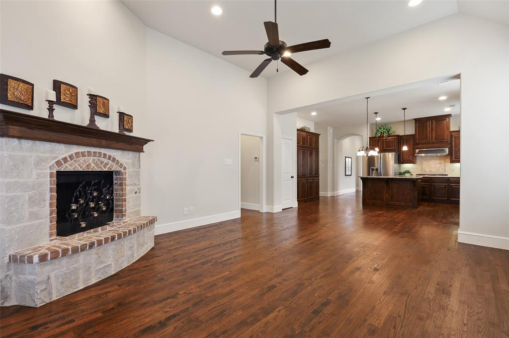 1624 Golf Club  Drive, Lantana, Texas 76226 - acquisto real estaet best boutique real estate firm in texas for high net worth sellers