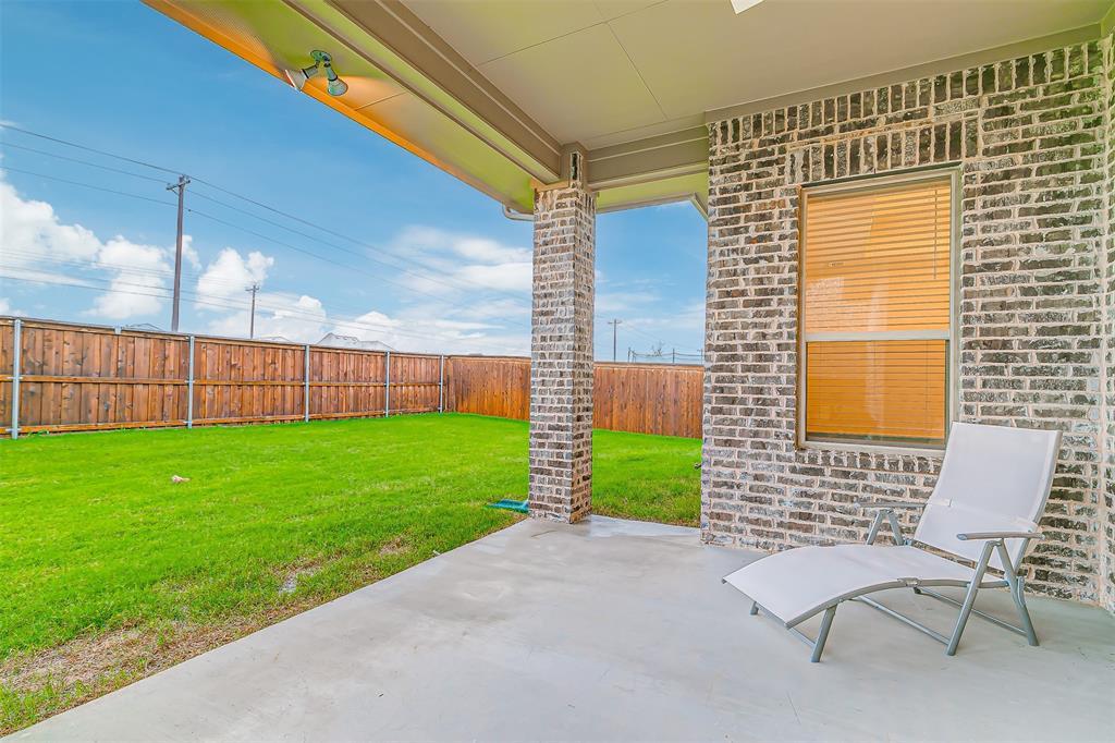 721 Wilmington  Lane, Savannah, Texas 76227 - acquisto real estate mvp award real estate logan lawrence