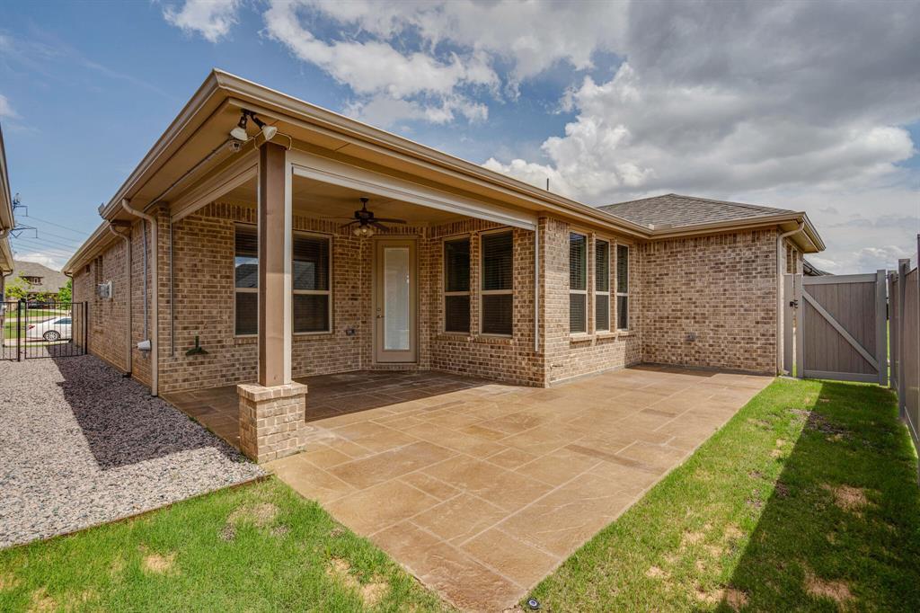 4016 Viento  Lane, Highland Village, Texas 75077 - acquisto real estate best the colony realtor linda miller the bridges real estate