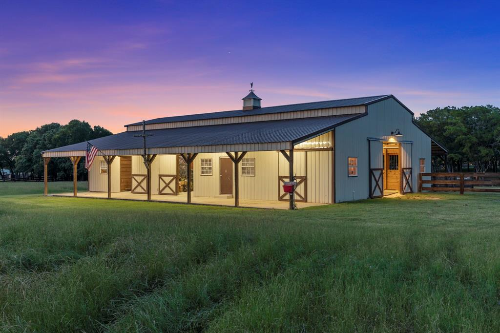 2 Groves  Circle, Argyle, Texas 76226 - acquisto real estate mvp award real estate logan lawrence
