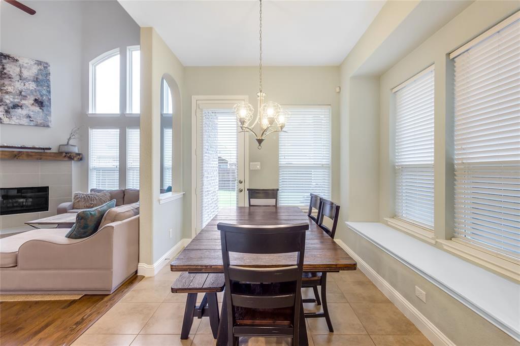 2425 Kingsgate  Drive, Little Elm, Texas 75068 - acquisto real estate best luxury buyers agent in texas shana acquisto inheritance realtor