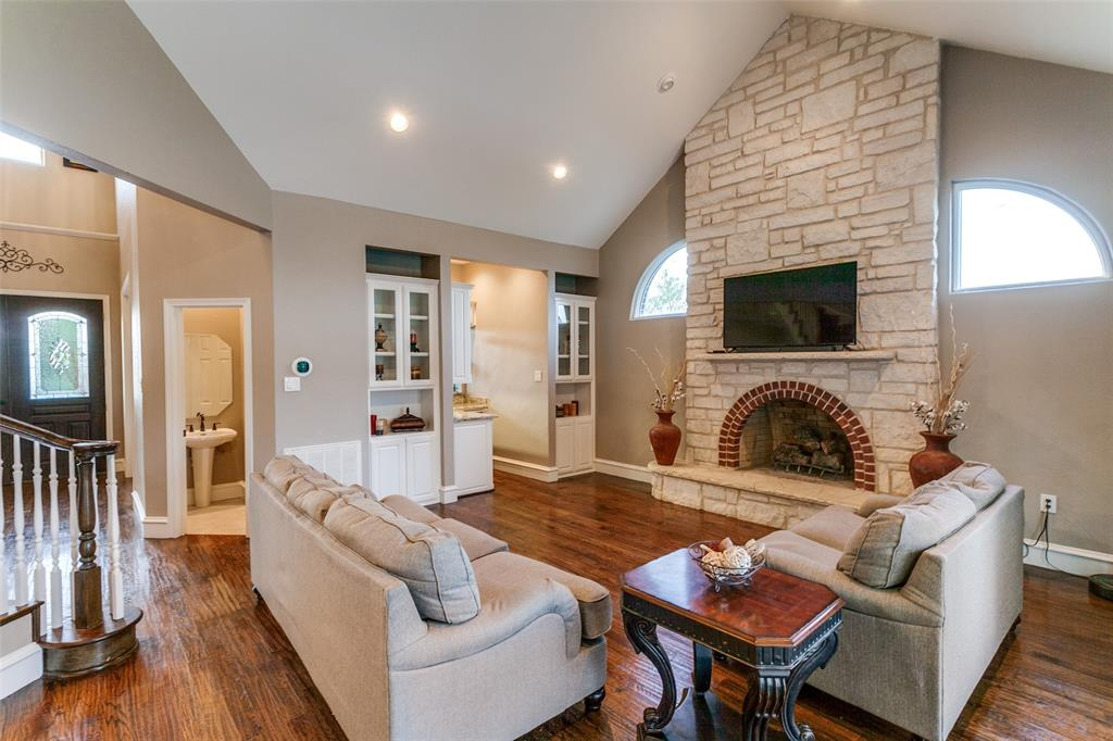 114 Club House  Drive, Weatherford, Texas 76087 - acquisto real estate best real estate company to work for
