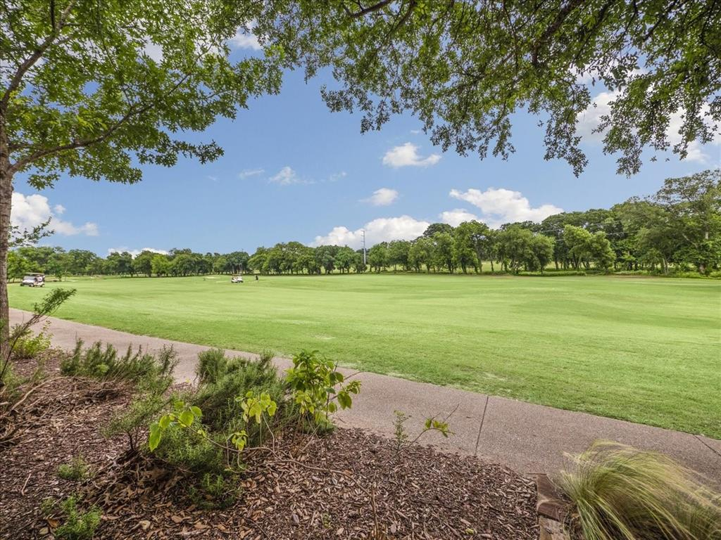 814 Winterwood  Court, Garland, Texas 75044 - acquisto real estate best realtor dfw jody daley liberty high school realtor