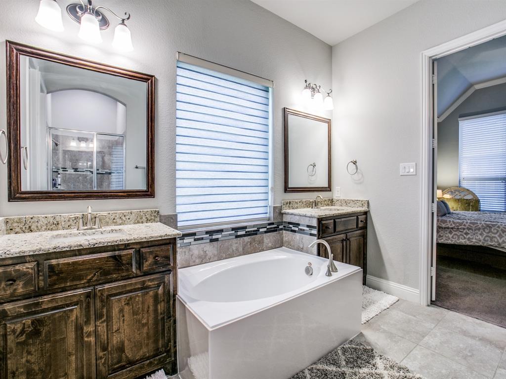 332 Prairie Ridge  Lane, Lewisville, Texas 75056 - acquisto real estate best investor home specialist mike shepherd relocation expert
