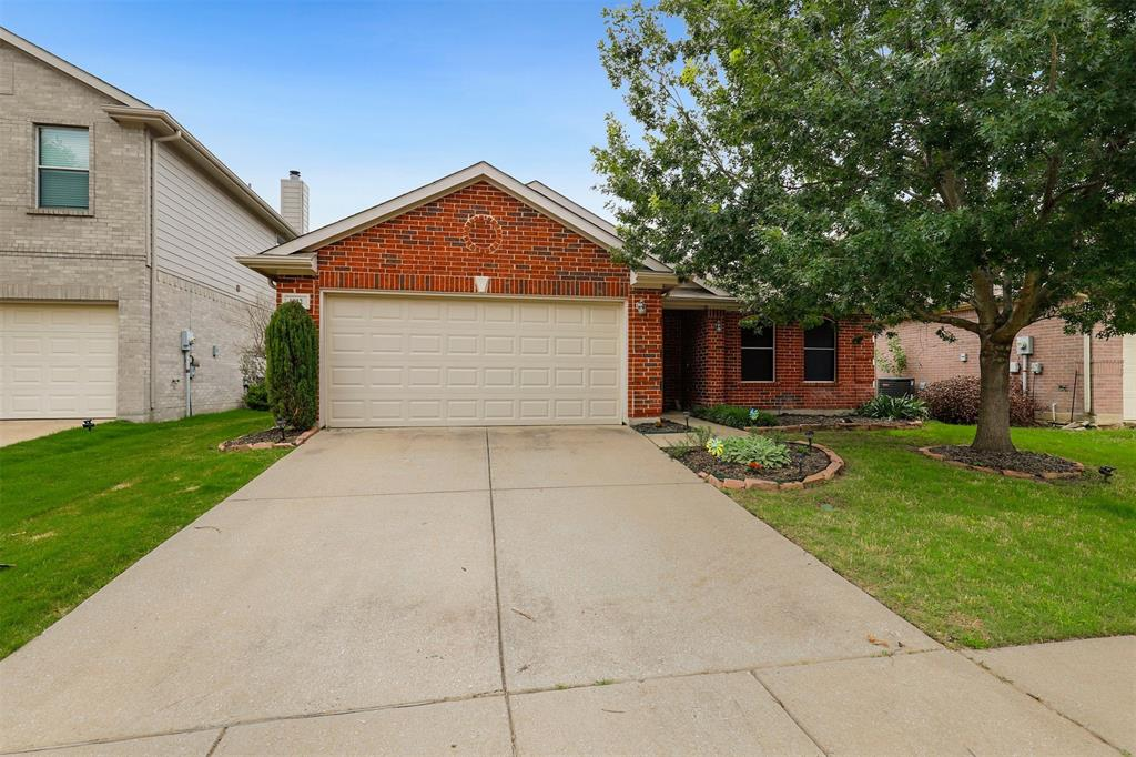 1012 Aviary  Drive, Aubrey, Texas 76227 - Acquisto Real Estate best mckinney realtor hannah ewing stonebridge ranch expert
