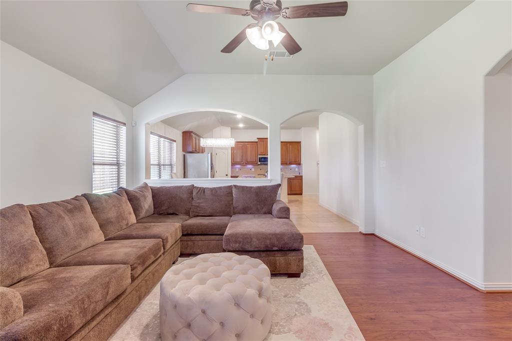 729 Sendero  Drive, Arlington, Texas 76002 - acquisto real estate best luxury buyers agent in texas shana acquisto inheritance realtor